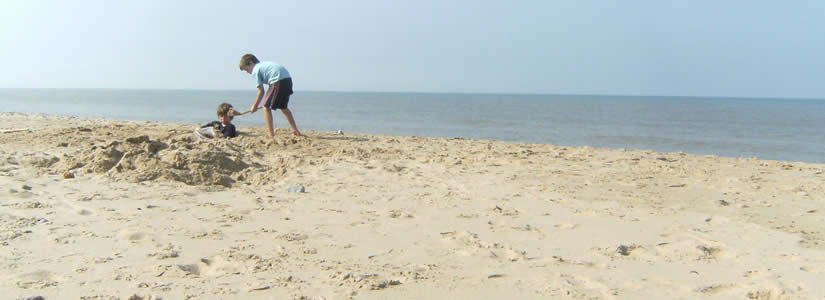 Photo of a beach in Norfolk, UK 2009